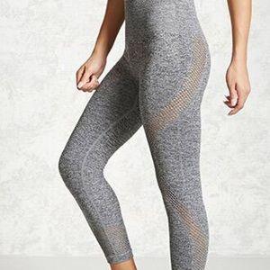 FOREVER 21 marled knit Capri Leggings with design